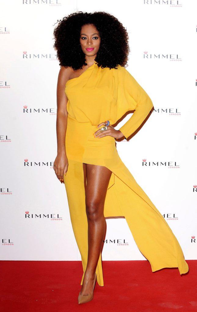 Solange Knowles : 5 looks à adopter - Les couleurs vives